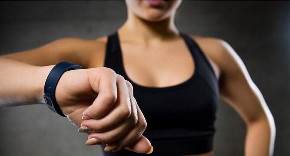 Что такое фитнес браслет?