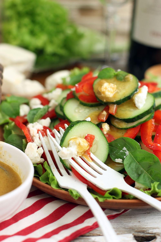 салат с огурцами и фетой пошаговый рецепт с фото