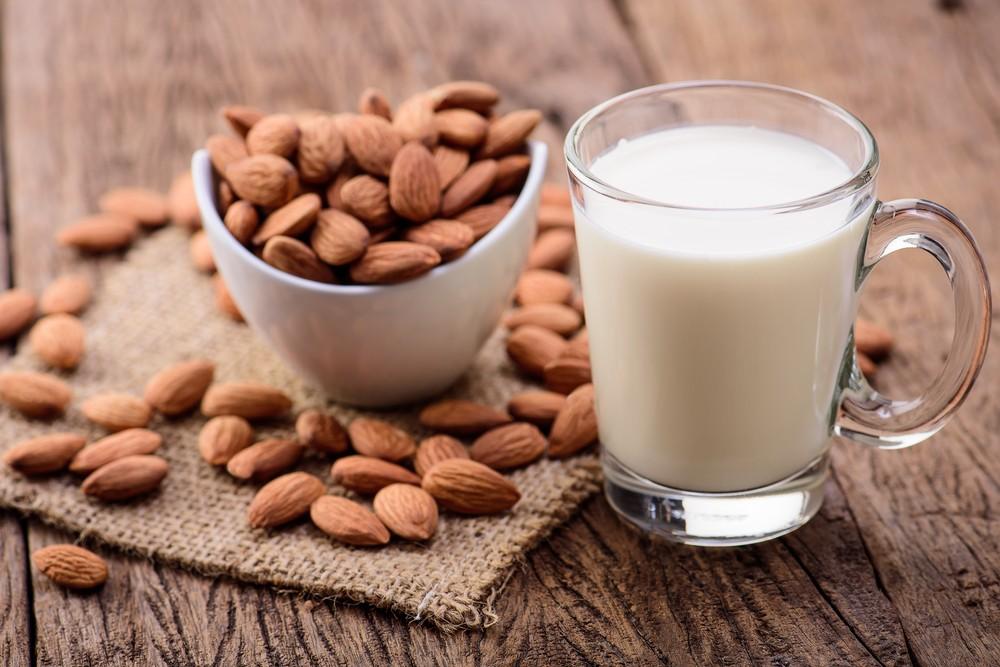 миндальное молоко польза и как приготовить дома